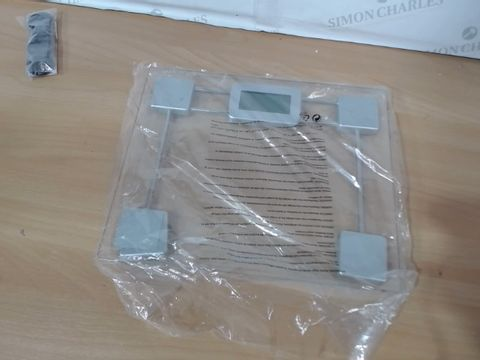 Lot 1198 SALTER COMPACT GLASS ELECTRONIC PERSONAL SCALES RRP £30.00