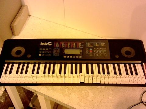 Lot 1015 ROCKJAM RJ761-SK KEY ELECTRONIC INTERACTIVE TEACHING PIANO KEYBOARD