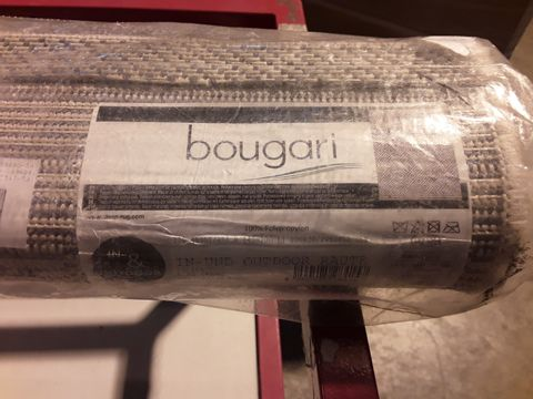 Lot 548 BRAND NEW BOUGARI INDOOR/OUTDOOR RUG BLACK/CREAM 140 × 200