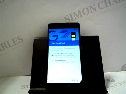 Lot 1078 1+ ANDROID SMARTPHONE