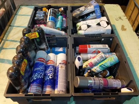 Lot 9 4 TRAYS OF ASSORTED AEROSOLS TO INCLUDE: BLUE SEAL DE-ICER, DOVE, DRY SHAMPOO ETC
