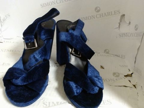 Lot 7205 PAIR OF NEXT NAVY HEELS - SIZE 7