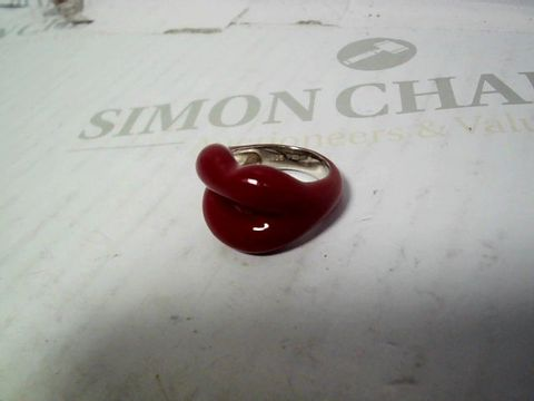 Lot 548 HOTLIPS BY SOLANGE CLASSIC RED STERLING SILVER/LACQUER RING