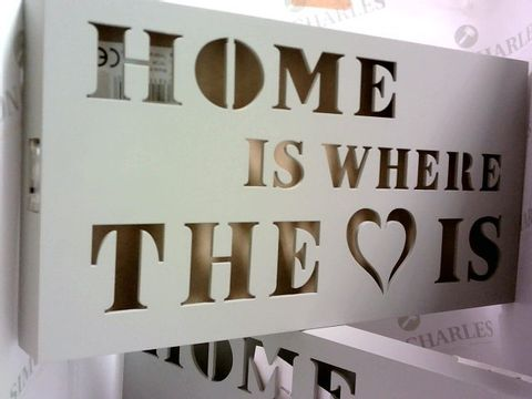 Lot 1044 2 X 'HOME IS WHERE THE HEART IS' DESIGNER LIGHT BOXES