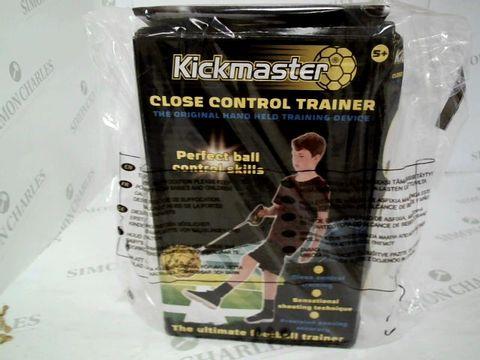 Lot 5013 KICKMASTER C.OSR CONTROL FOOTBALL TRAINER  RRP £19.99
