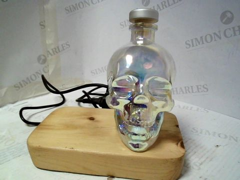 Lot 4018 CRYSTAL HEAD VODKA LAMP