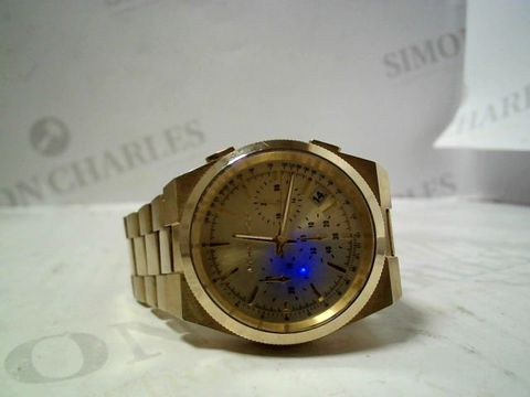 Lot 3161 DESIGNER GENTS GOLD TONE WRISTWATCH