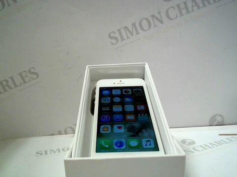 Lot 1074 APPLE IPHONE 5 16GB SMARTPHONE