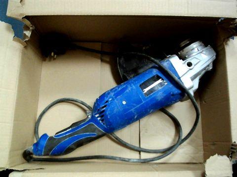 """Lot 15175 SILVERSTORM 951855 - 2400W 230MM (9"""") ANGLE GRINDER 230V"""