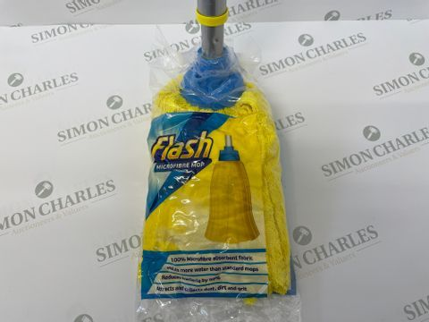 Lot 5 PALLET OF APPROXIMATELY 64 BOXES OF 6 BRAND NEW FLASH MICROFIBRE MOPS WITH TELESCOPIC HANDLES