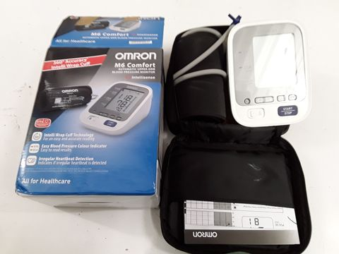 Lot 1218 OMRON M6 COMFORT AUTOMATIC BLOOD PRESSURE MONITOR